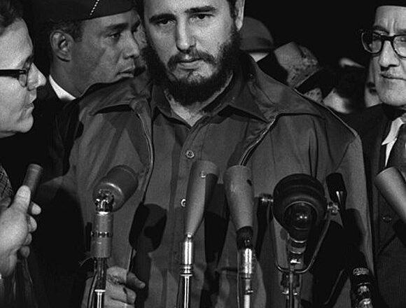 Fidel Castro: I mezzi di informazione sono proprietà del popolo