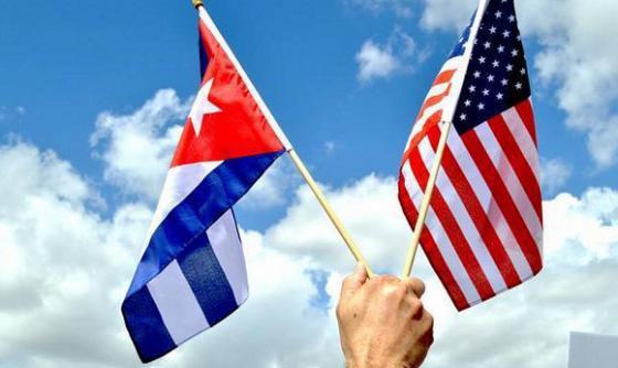 Bandiere Cuba e USA