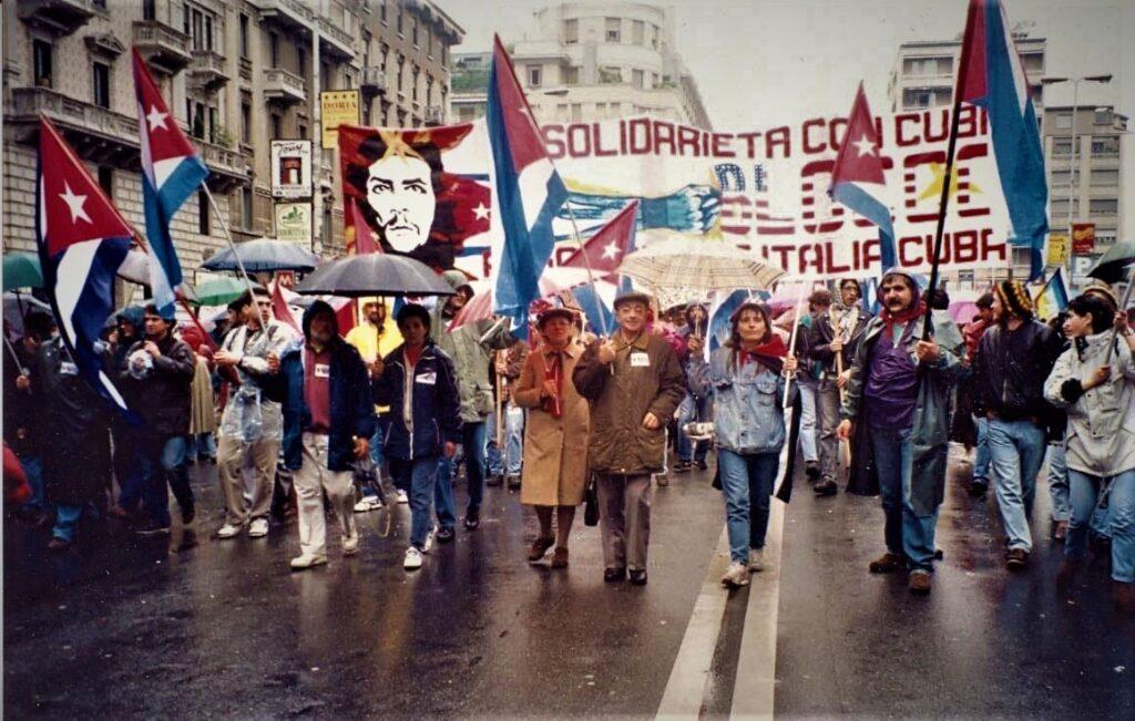 Manifestazione per Cuba