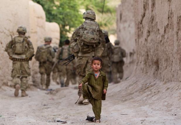 """Come mai i cosiddetti """"talebani"""" stanno riconquistando l'Afghanistan senza neppure combattere?"""