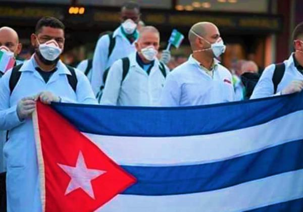 IL COMUNE DI FIRENZE ASSEGNA IL GIGLIO D'ORO ALLA BRIGATA MEDICA CUBANA HENRY REEVE